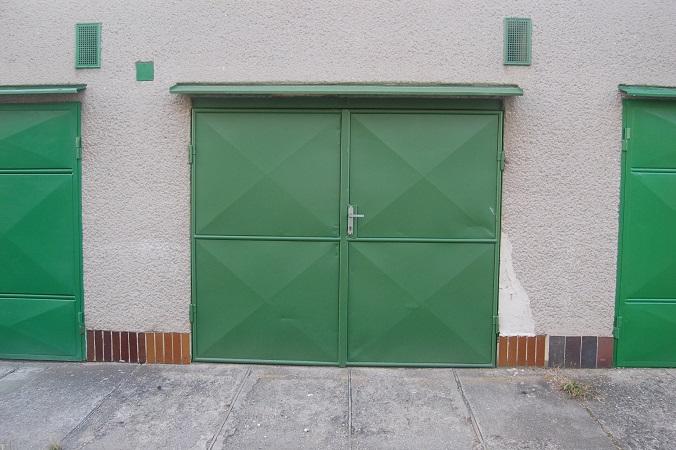 garáž hrádek